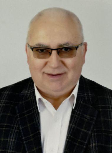Uzm. Dr. Ergün HOCA